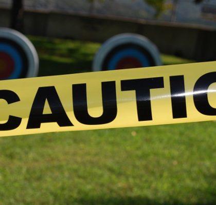 Absperrband mit Schriftzug Caution