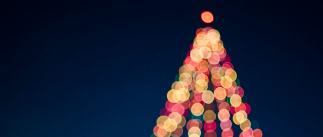 Weihnachtsbaum aus Lichterketten