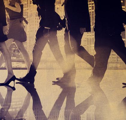 Gruppe von Personen auf der Straße
