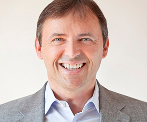 Wolfgang Holl