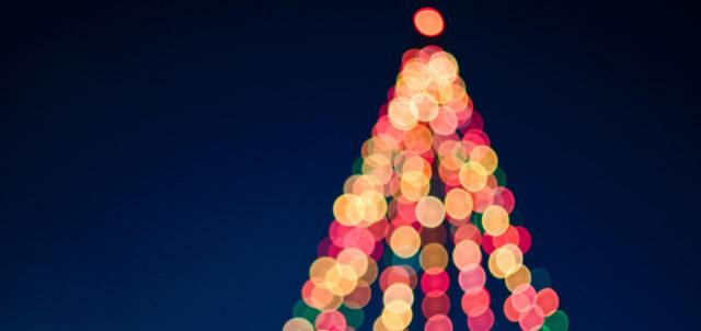 Lichterkette als Tannenbaum