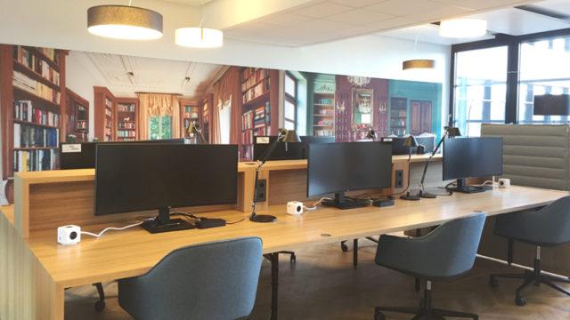 Bibliotheksfläche bei AXA