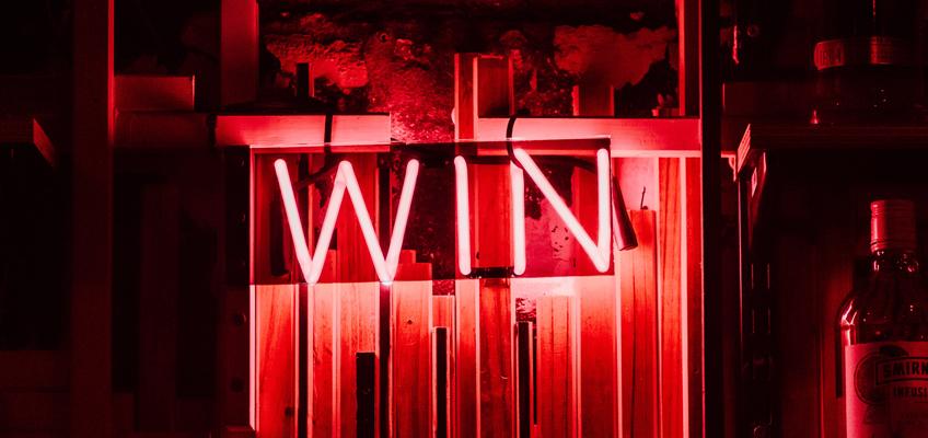 Leuchtschrift Win